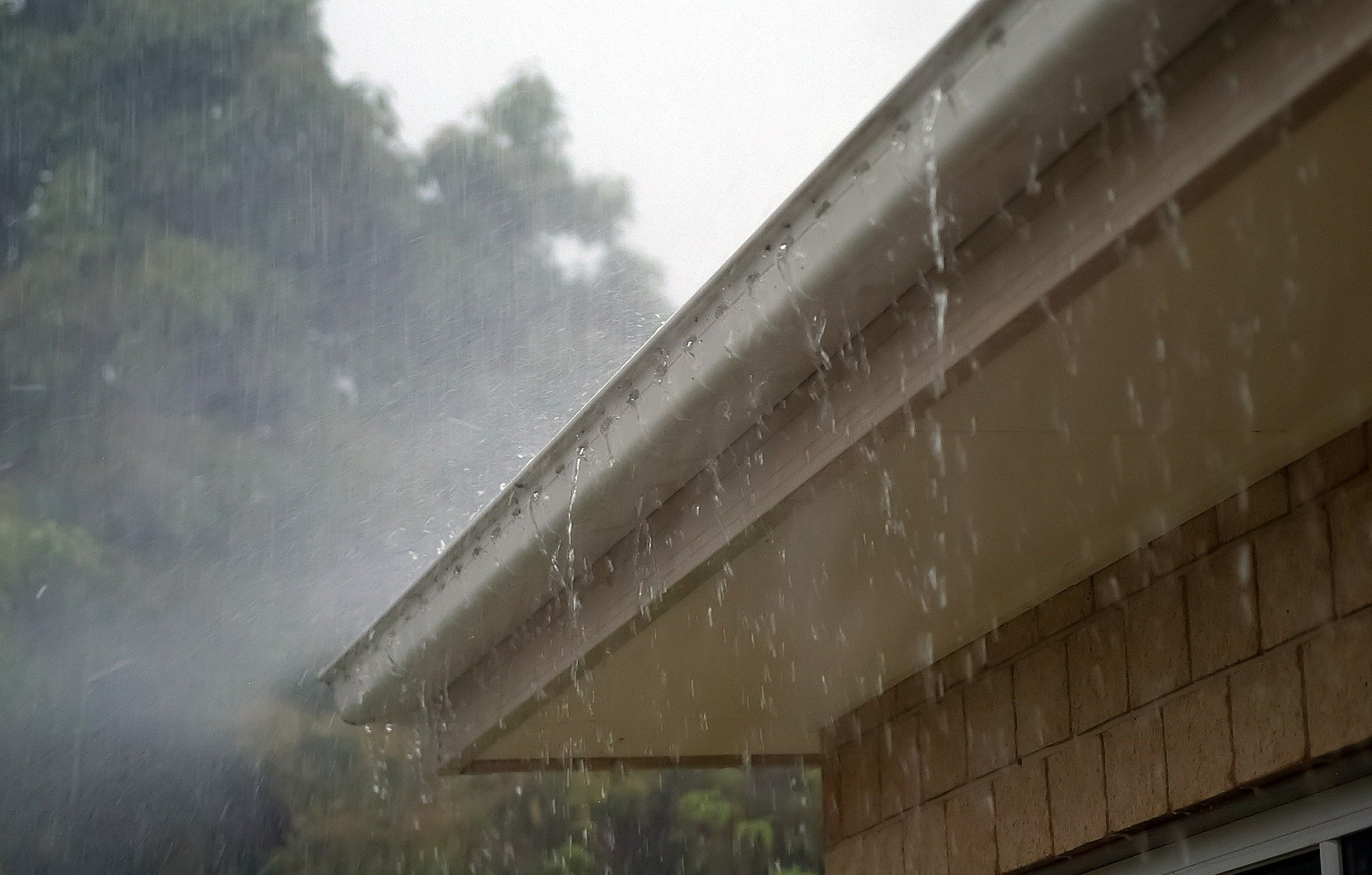 how do I stop rainwater from coming into the house?